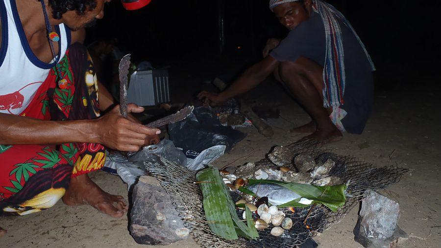 Ko Yang Grillen mit den Einheimischen