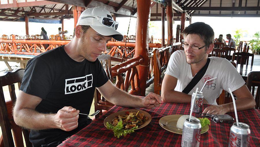thai-food-gypsy-village