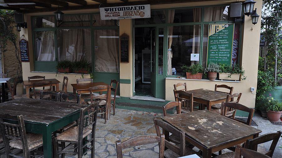 lakka-taverna-grill-room