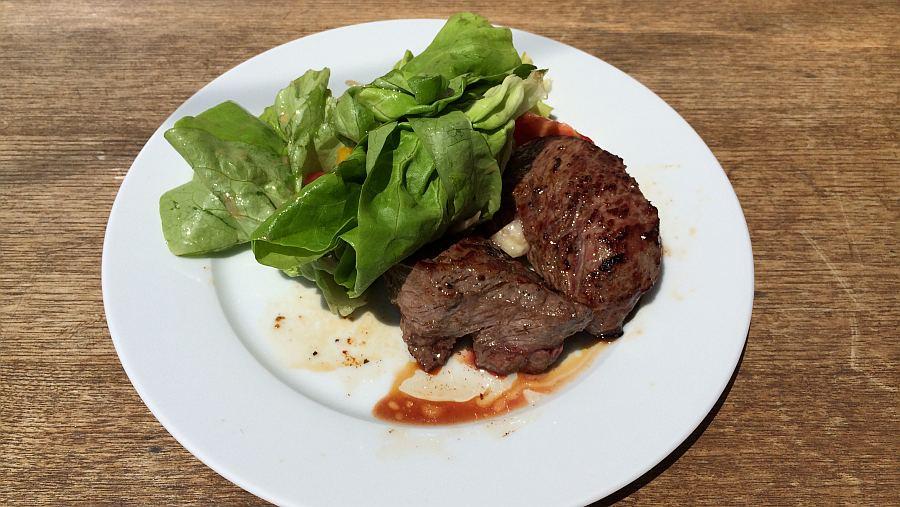 steak-mit-salat