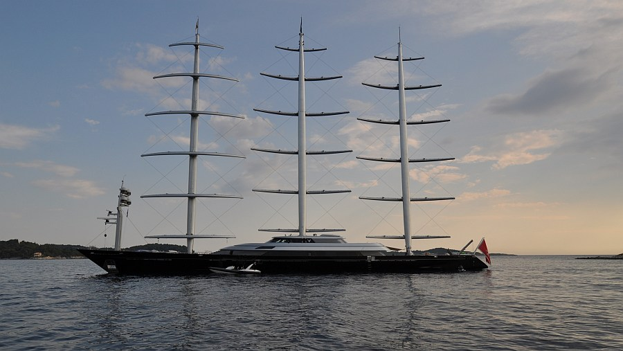 maltese-falcon-in-cavtat