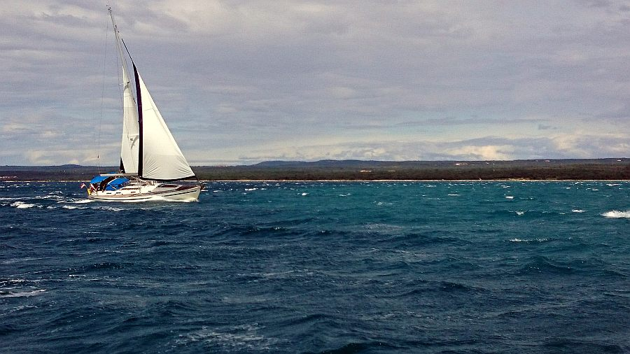 bora-segeln