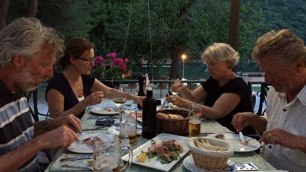 limski-fjord-restaurant-viking-abendessen