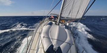 Segelyacht im sturm  Sturm auf See Archive | UNTER SEGELN