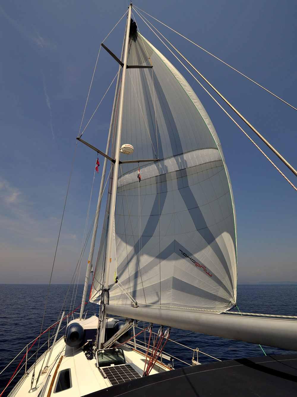 unter-parasail-wingaker-segeln