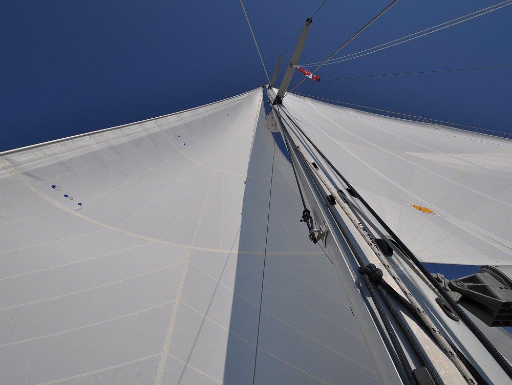 unter-segeln-nach-susak