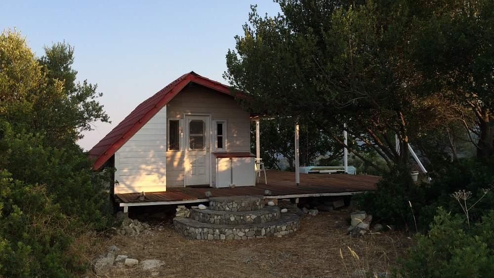 aussteigerhaus-ithaka-sarakiniko-alternatives-leben
