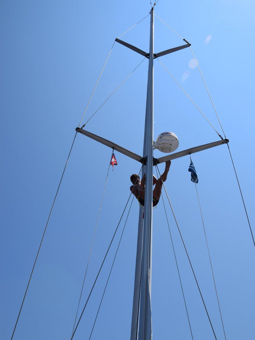 mast-klettern-wingaker-bergeleine-verhaengt