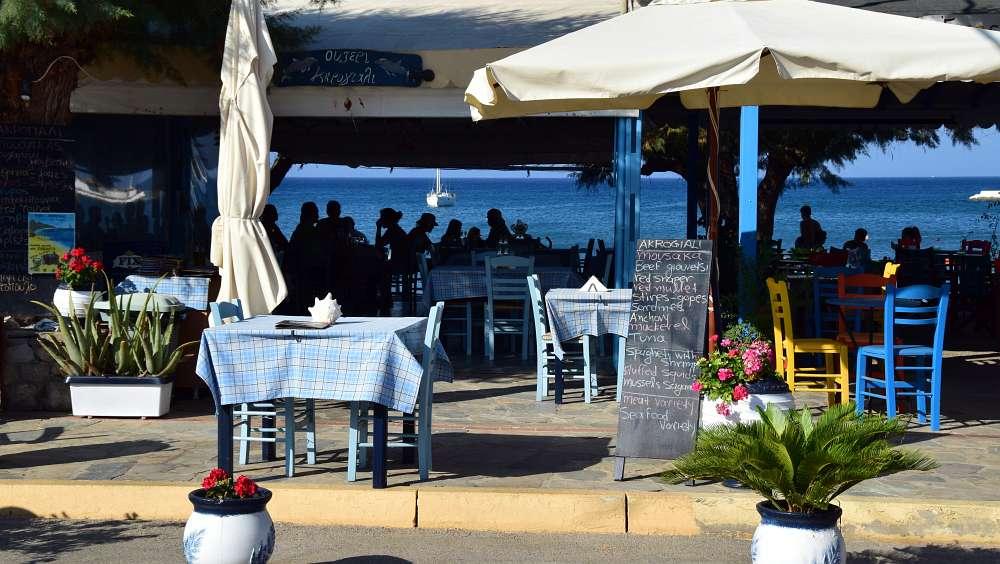 pelagia-kithera-taverne-am-strand