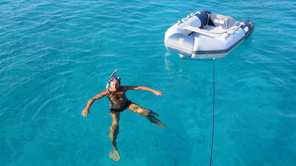 schwimmen-karibikwasser