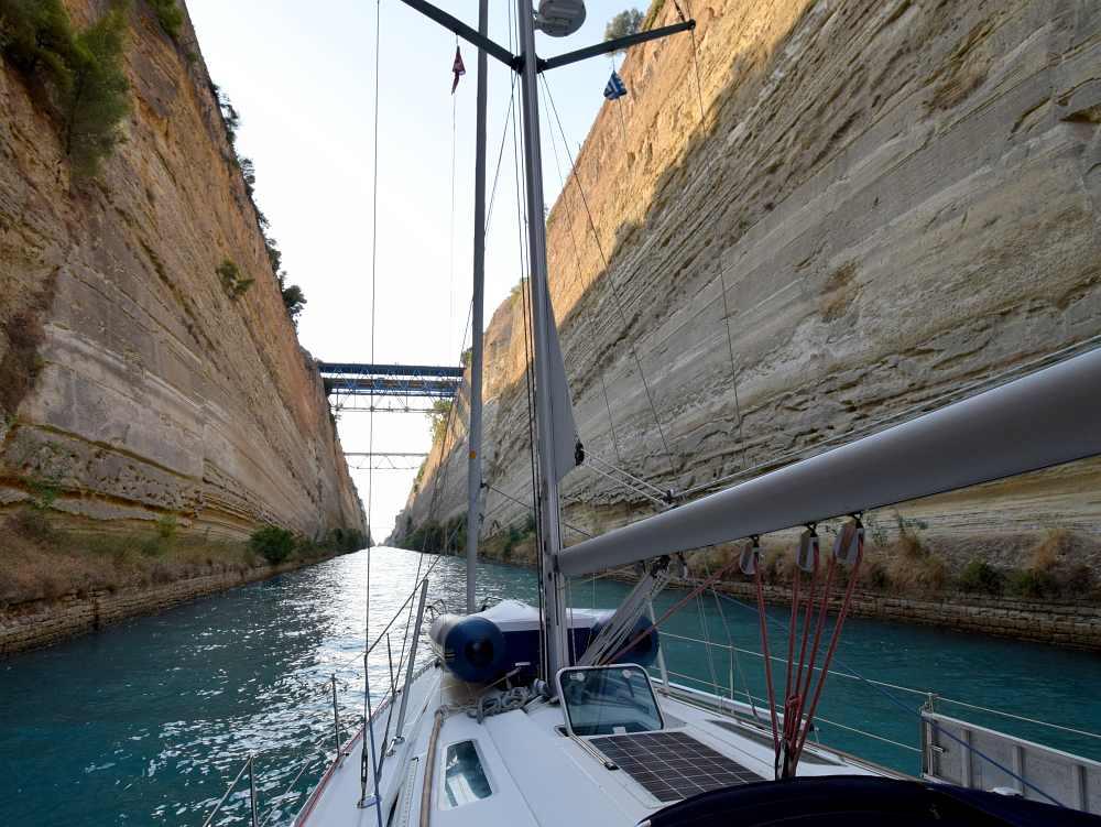 kanal-von-korinth-segeln-rund-um-den-peloponnes