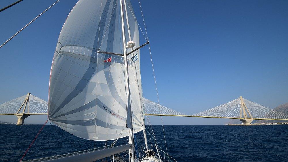 parasail-wingaker-rion-andirrio-bruecke