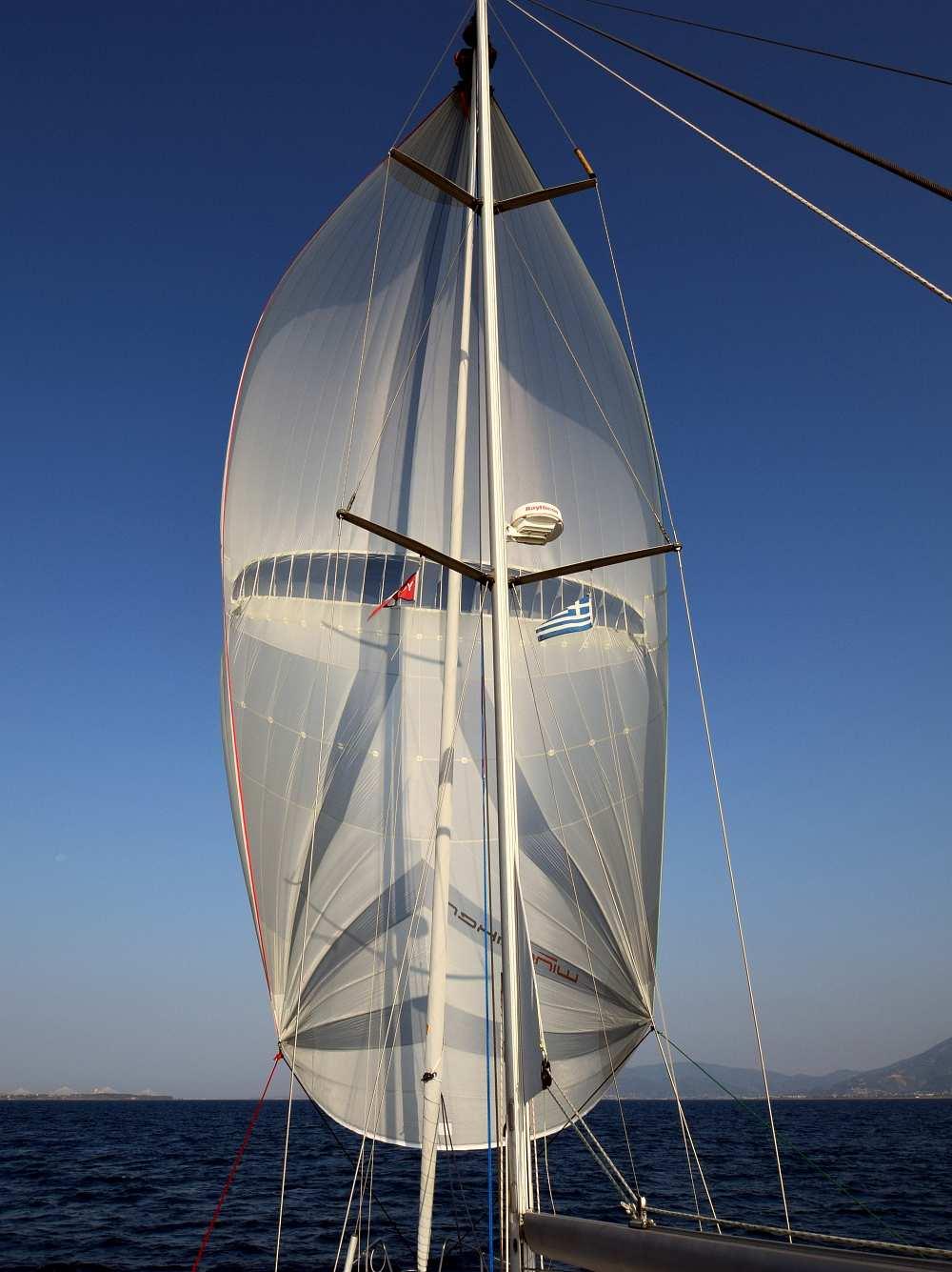 parasail-wingaker-segeln-golf-von-korinth