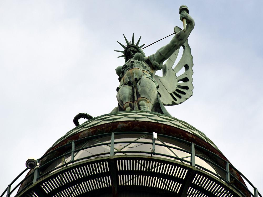 leuchtturm-triest-faro-della-vittoria