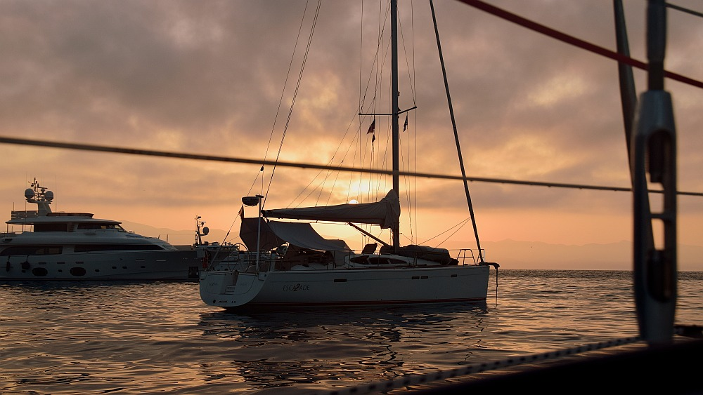 paxos-gaios-yacht-sonnenaufgang
