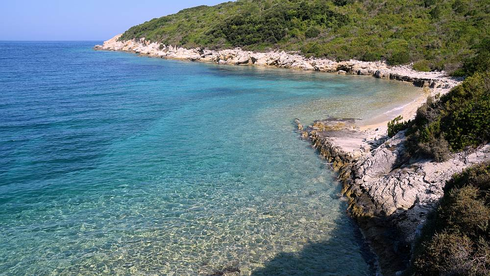 antipaxos-hidden-beaches