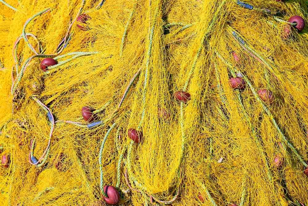 fischernetz-gelb