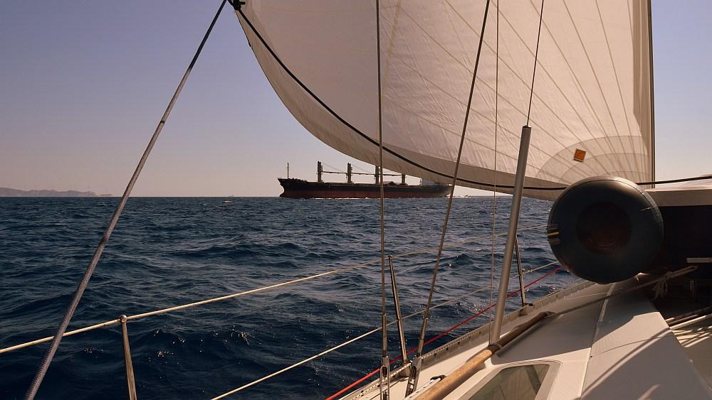 unter-segeln-nach-lavrion