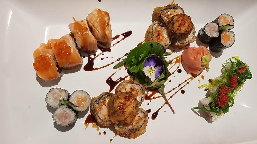 Sushi in der Capo d'Orlando Marina