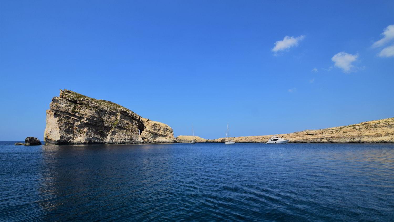 Ein sicherer Ankerplatz auf der Insel Gozo: Dwejra Bay